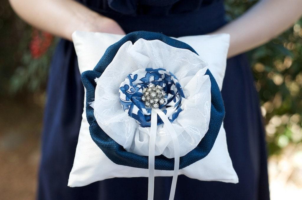 Синий Ива кольцо предъявителя подушку