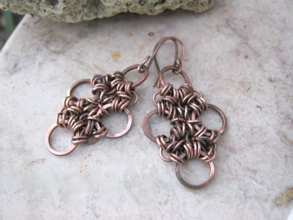 chainmaile earrings in copper - EdisLittleTreasures