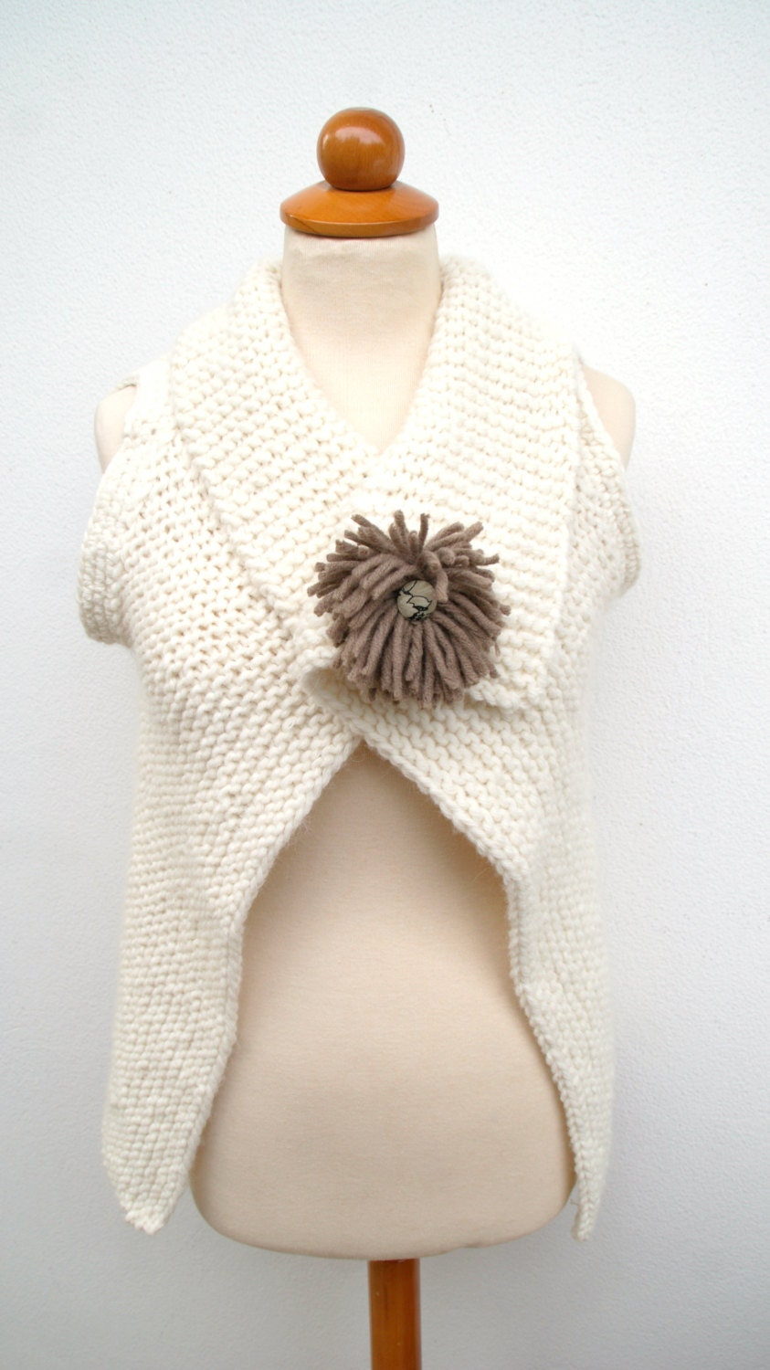 Women's Vest White, Handmade, Hand Knitted Cream  White - GabiAndAsia