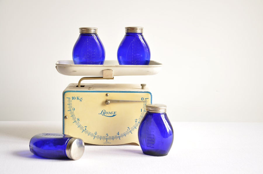 Vintage Cobalt Blue Glass Unused Apothecary - Pharmacy Bottles - Set of 4 - thelittlebiker