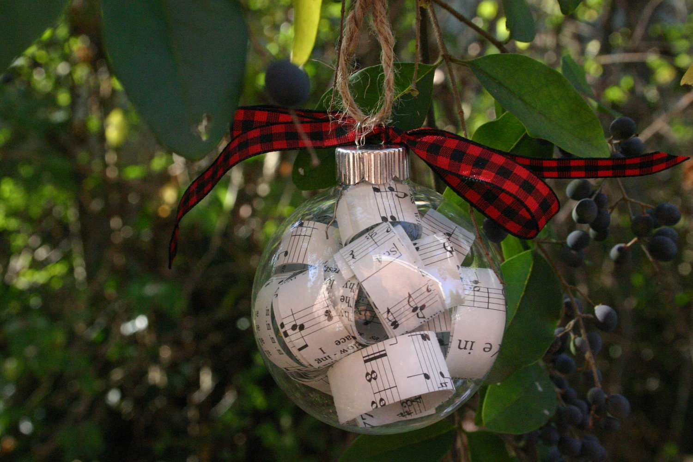 Hymn Ornament