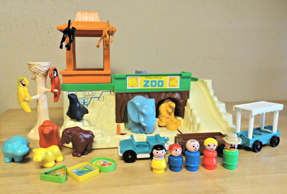 22 Awesome Fisher Price Little People Playsets You Wish