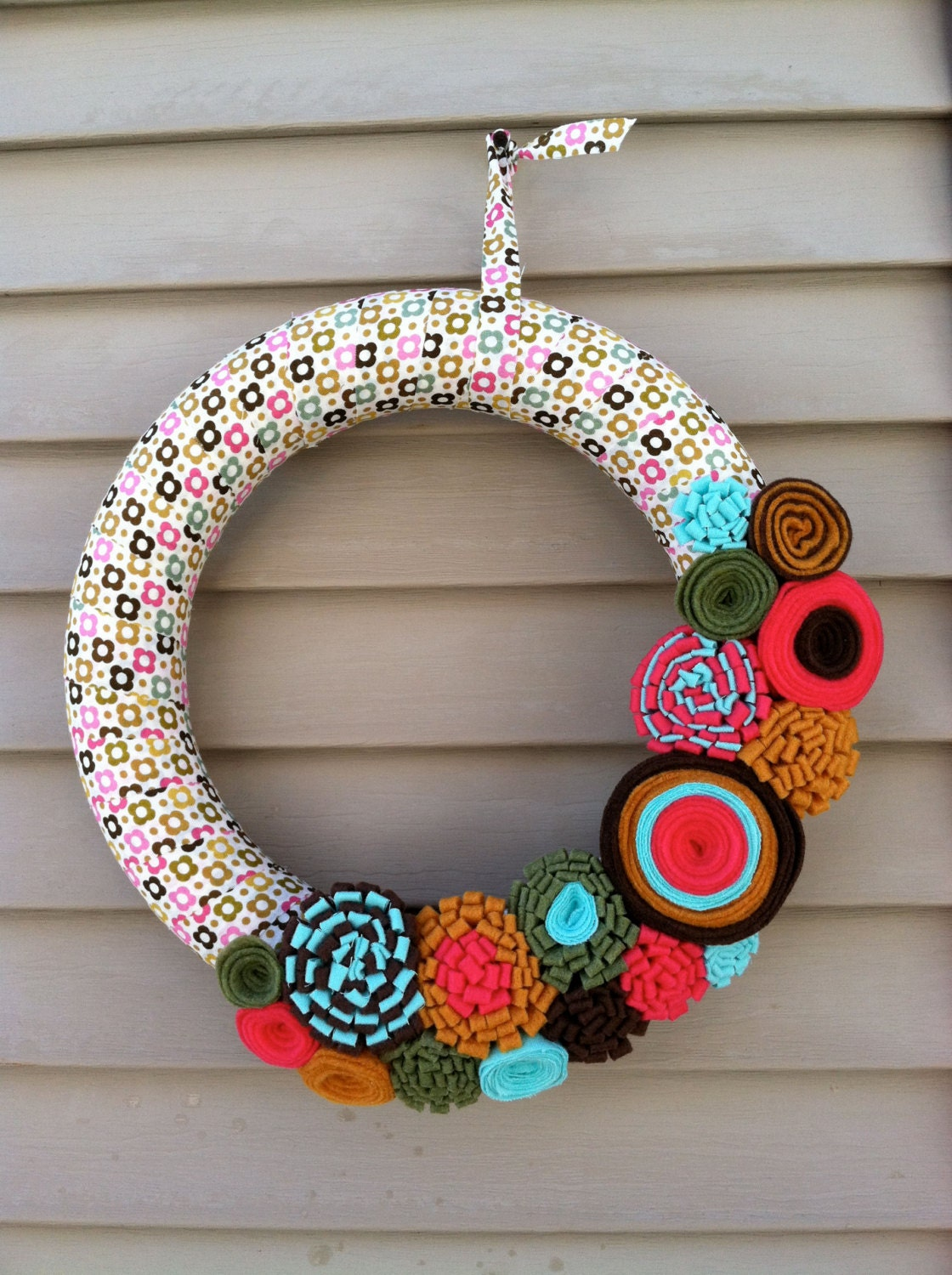 Spring Wreath - Modern Flower Patterned Fabric Decorated with Felt Flowers. Easter Wreath - Flower Wreath - Fabric Wreath