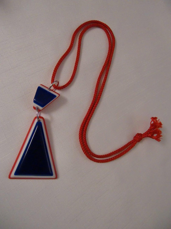 vintage patriotic geometric necklace