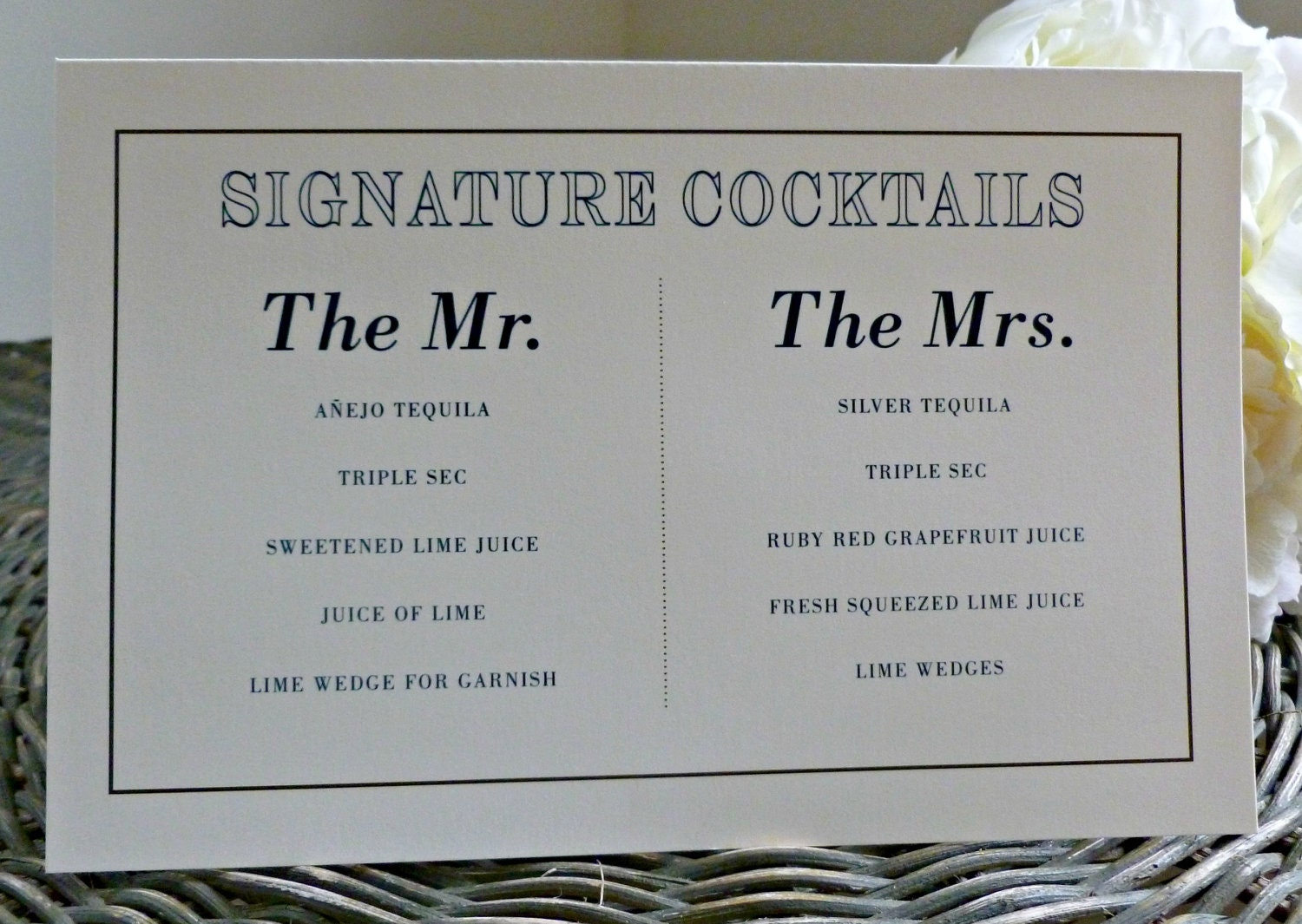 Create one drink for the two of you or one for the bride and one for the groom. It's a great way to keep the cost down and adds a bit of personality and style to your wedding. Your signature drink can be a favorite drink that the two of you share, or it can be a special recipe concocted for you and reflect your theme or colors and decor.