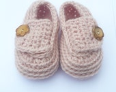Crochet PATTERN BABY Booties - Peachy Baby Button Shoes