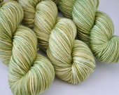 """Earthy Lime"" on Aurora Luxury worsted"