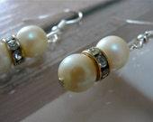 Grandma's Vintage Pearl earrings