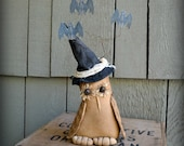 Orenda Witch Owl With Her Bouquet Of Bats Primitive Halloween Decoration