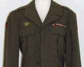 Vintage 1940s WWII Military Unisex Army Green Jacket, S/M