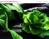 50% OFF SALE Green Rose Necklace, preserved rose by Beijo Flor
