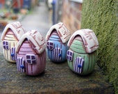 Beach Hut Bead
