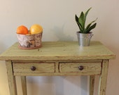 Shabby Chic Vintage Table - pgpostals