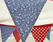 Jubilee Bunting in red, white & blue Perfect for the Queens Diamond jubilee celebrations Nearly 11 ft long  (excl. ties) with 12 large flags - SewSweetViolet