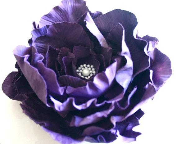Edible Sugar Rose MEDIUM open rose with edible pearl setting. CUSTOM COLOR