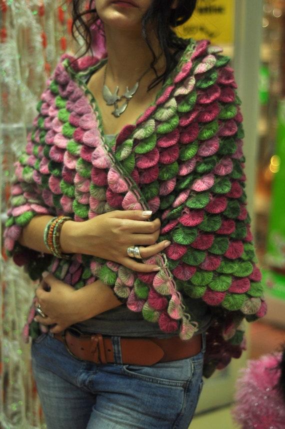 دست تمساح شال الگو را در رنگ های چند کشباف