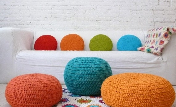 Crochet Almofada Redonda - vermelho