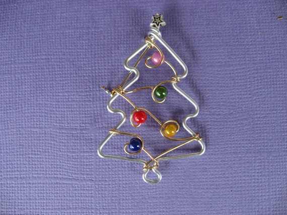 little CHRISTMAS TREE BROOCH