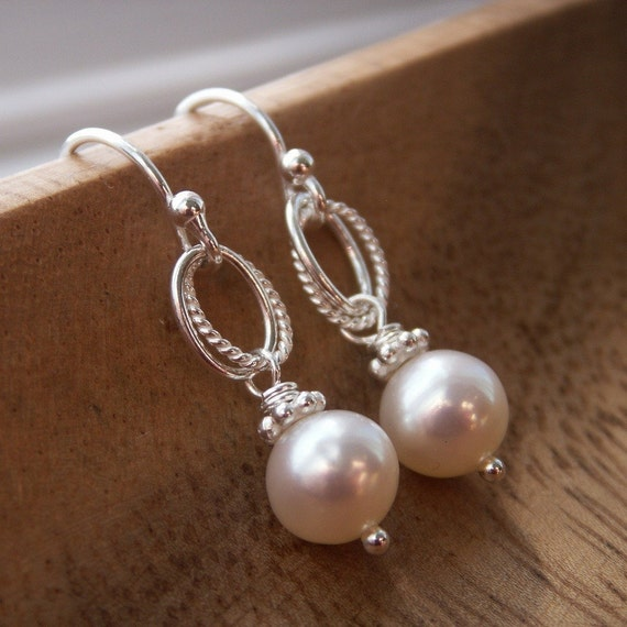 Bridesmaid gift, Everyday Pearl Earrings, bridesmaid earrings, gift boxing included