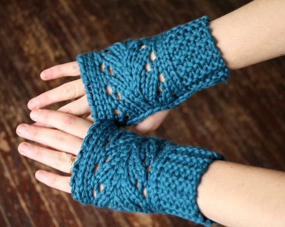 Knit Lace Fingerless Mitts - Merino Wool