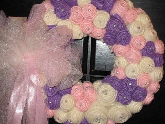 Shabby Chic Cottage Style Felt Rose Bud Wreath