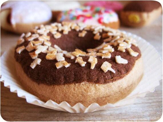 Глазированных пончиков с орехами