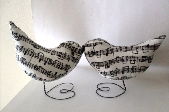 Music Lovers LOok A Pr. of  Music Black and White Love Bird Wedding Cake Topper