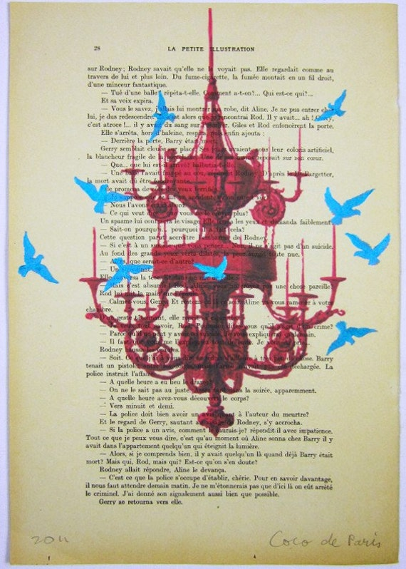 """Синие птицы вокруг люстры, Original ручная роспись ARTWORK Mixed Media в 1914 Parisien Журнал """"La Petit Иллюстрация"""" Коко де Пари"""