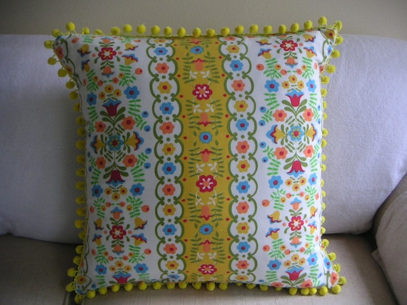 "Throw pillow 20"" x 20"" - Scandinavian yellow"