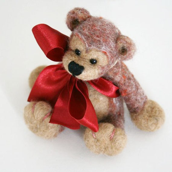 Boniface ON SALE - needlefelted, festive hand felted bear, eco-friendly organic wool