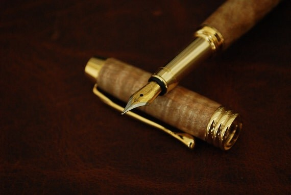Handmade Wooden Fountain Pen, Curly Maple Wood, 10k Gold, Chief Financial Officer, CFO-109