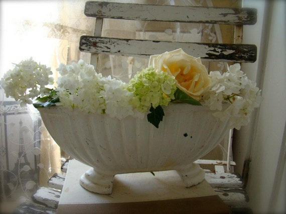 Belle Blanc Beautiful White French Jardiniere
