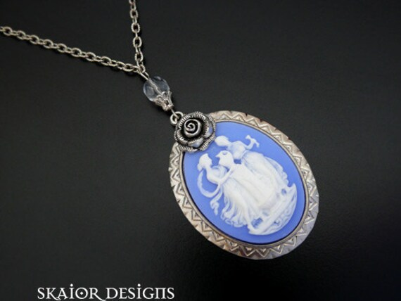 Gothic Necklace Victorian Cameo Jewelry Wedding Masquerade Bride