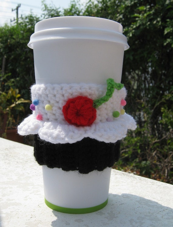 Black and White Cupcake Coffee Cozy WITH Coffee Cup by PinkFrog4U from etsy.com
