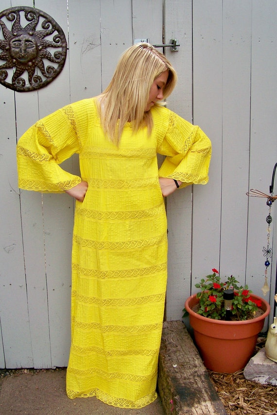 Vintage Long Full Yellow Cotton and Lace Dress with Bell Sleeves -Hippie Chic- Beautiful