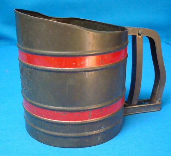 Flour Sifter Sift-Chine Metal Made in USA