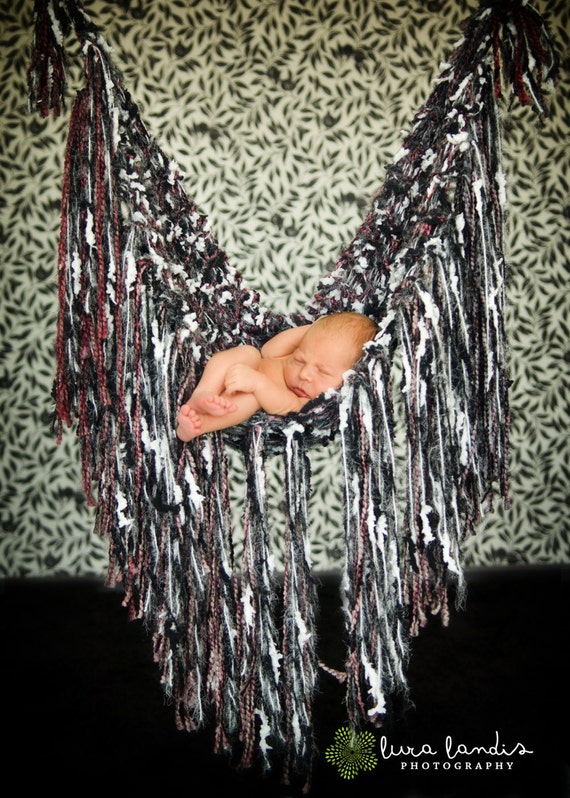 Rock 'n' Roll Fringe Baby Hammock - Photo Prop - knitbysarah