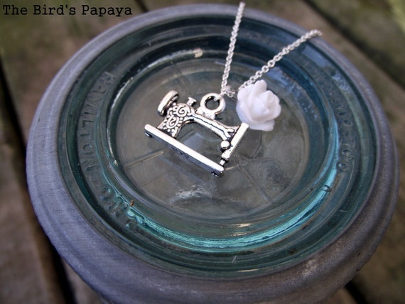 THE CHARMED NECKLACE - Sewing Machine (you choose add-on rosette color)
