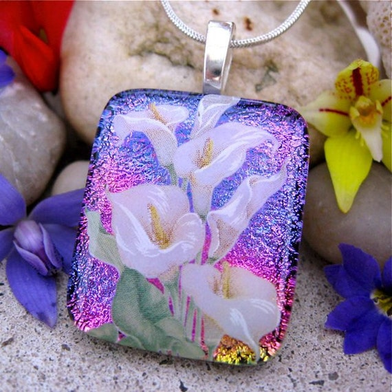 Dichroic Pendant, Fused Glass, Pretty Calla, Pink Rainbow, Dichroic Glass