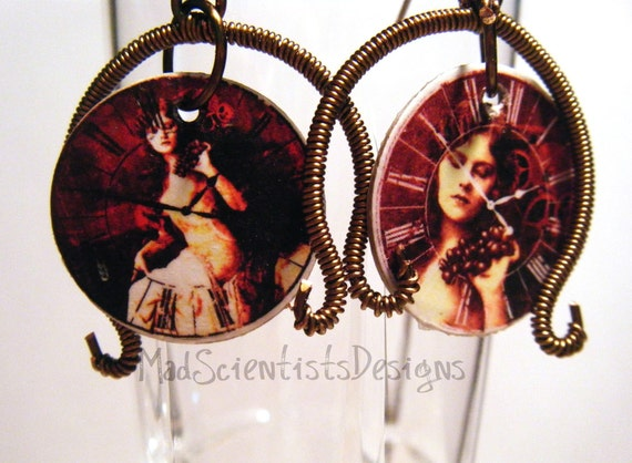 Steampunk Decoupage Earrings 001 Brass and Red
