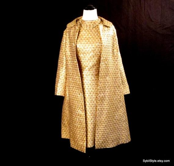 Комплекты платье и пальто