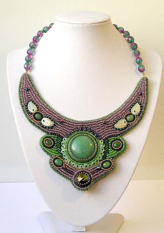 "Bead embroidered necklace ""Gardens Baroness Beatrice"" green lilac"