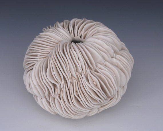Textured Pottery Vase   White Ceramics Sculpture