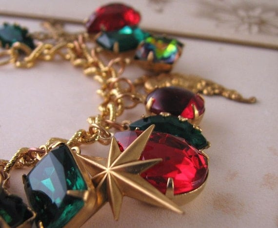 Holiday jewelry CHRISTMAS charm bracelet  vintage rhinestones green red