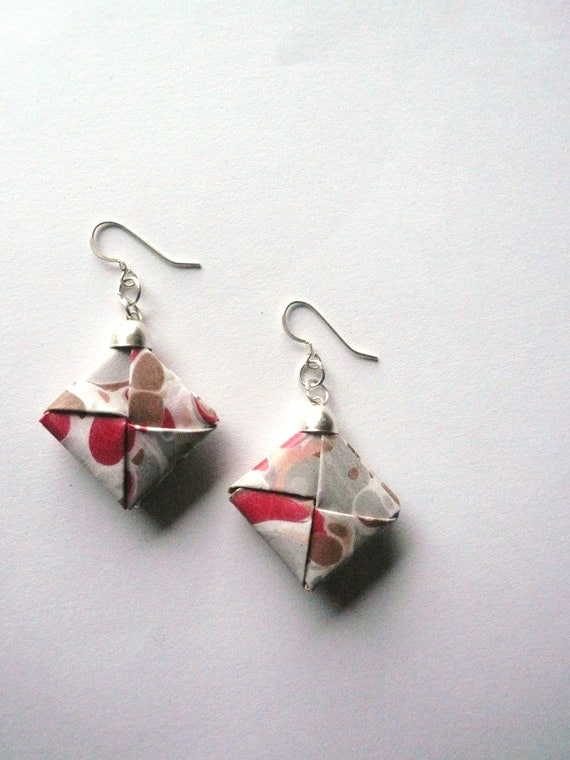 Earrings paper- Marble earrings- Grey, Brown and Magenta-Fall trend- Winter Fashion