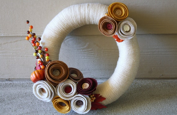 Yarn Wreath Handmade Decoration- Pumpkin 12 inch