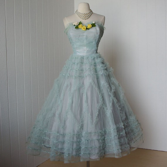 vintage 1950's dress ...classic aqua tulle princess full skirt boned bodice pin-up prom party dress with floral appliques ...larger size