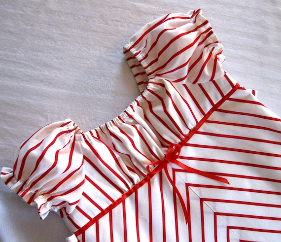 Girls Christmas Dress, Peasant Dress, Red and White Striped, Candy Cane, Holiday Dress, sizes 1 - 8