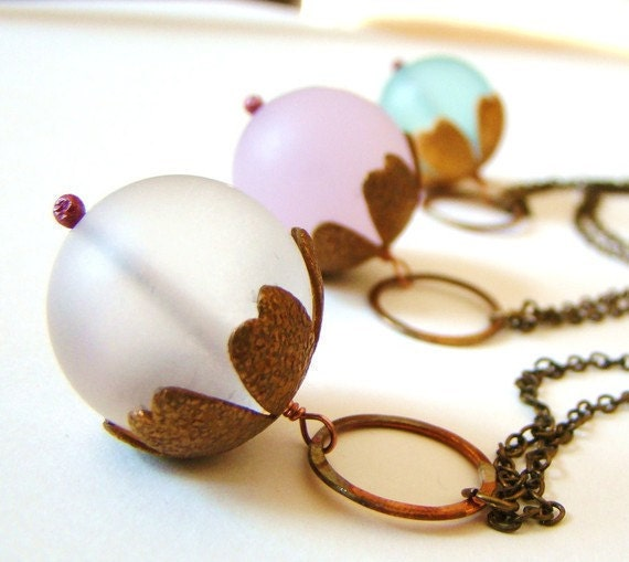Cyber Monday Etsy : 30% OFF Pale Pink Frosted Glass and Hammered Bronze Circle Peony Flower Necklace by lillyandlulu