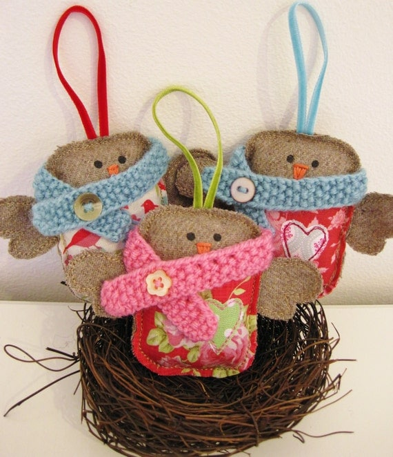 3 baby Robin bird Christmas tree decorations - Tilda - Patrick, Patsy & Pixie Pecker